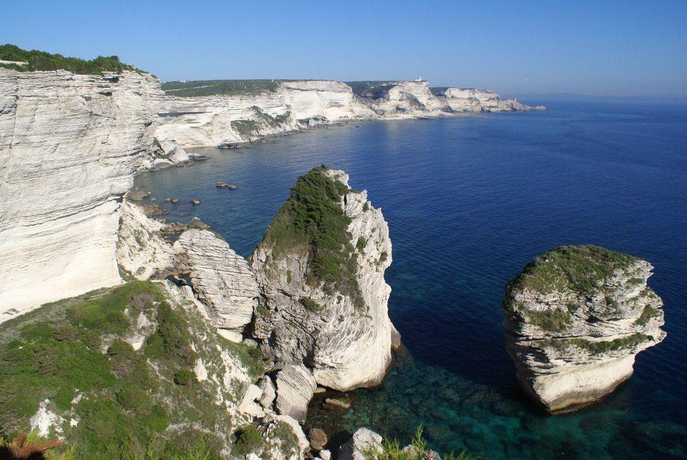 Les falaises de Bonifacio, vues de Campu Rumanilu