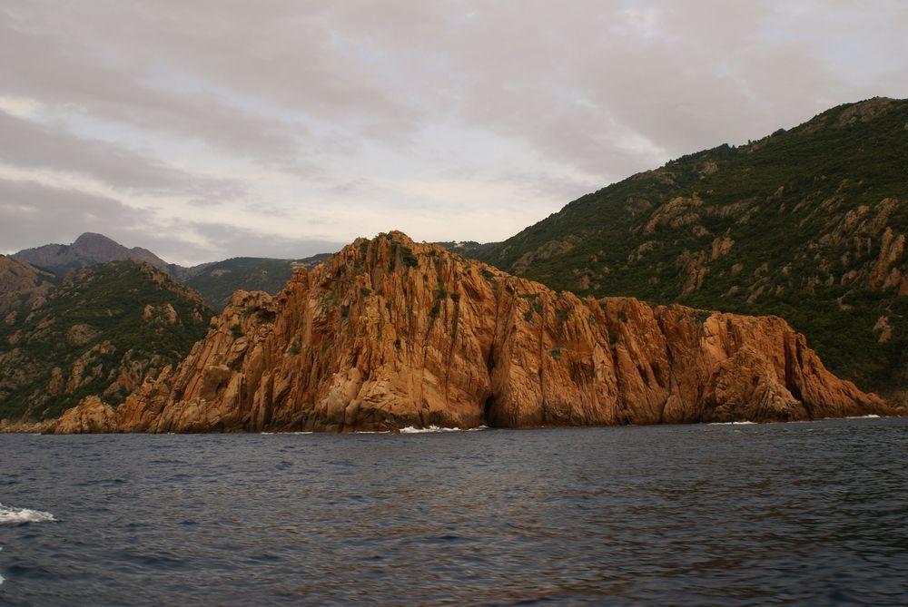 Les Calanche, vues de la mer