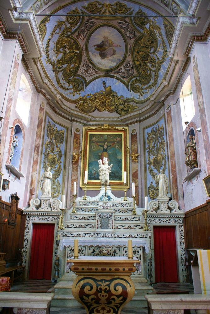 Église Santa Ghjulia, à Nonza