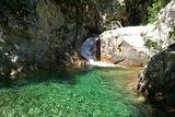 Deuxième piscine naturelle et sa cascade - © Kalysteo.com